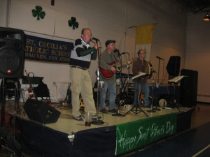 Balliná will be the musical entertainment at Mary Queen of All Saints' annual Irish Nite, held on Saturday, March 5 from 7:00 to 11:00 p.m.